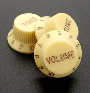 Set of Three Vintage Cream Strat Replacement Knobs